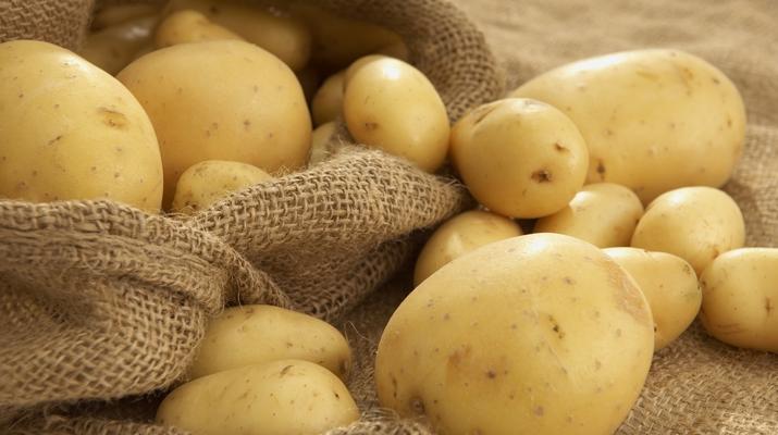 чистка молодого картофеля2