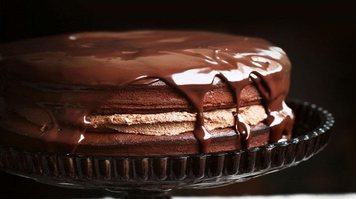 Шоколадно-трюфельный торт с каштановым кремом