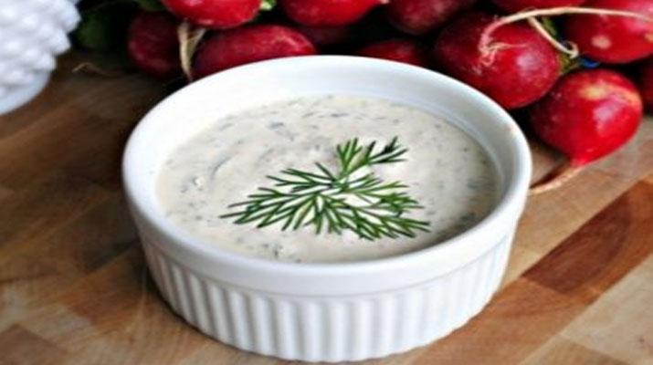 Как приготовить сливочно–чесночный соус?
