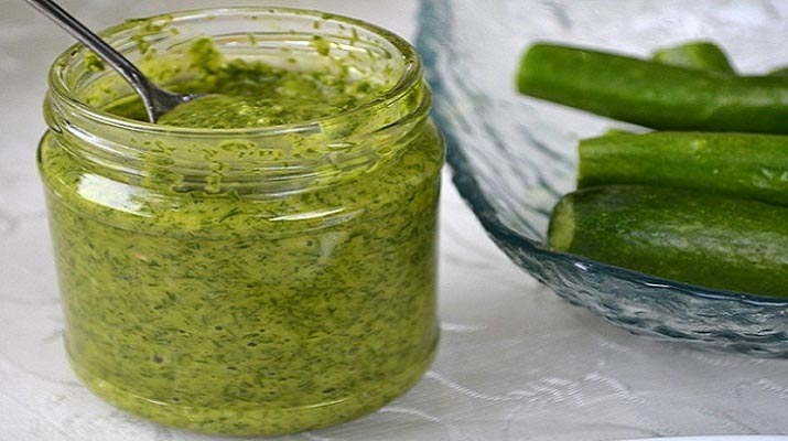 Укропный соус — незаменимая ароматная приправа к мясу и рыбе