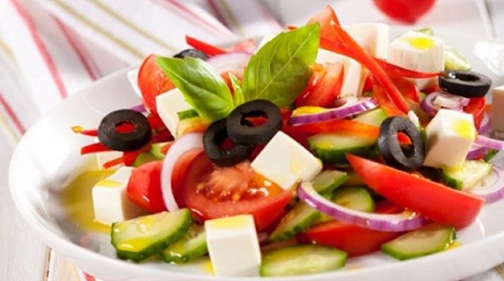 Греческий сала для летнего меню