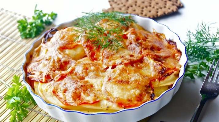 Запеканка картофельная с фаршем с помидорами в духовке рецепт