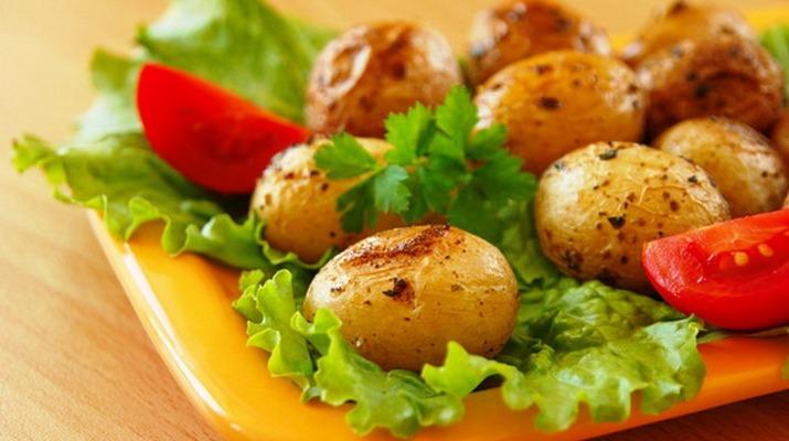 5 вкуснейших блюд из молодого картофеля