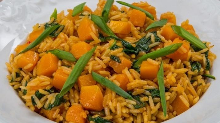 Пряные овощи с ароматным рисом