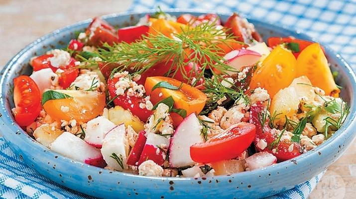 Цветная капуста с сыром и помидорами