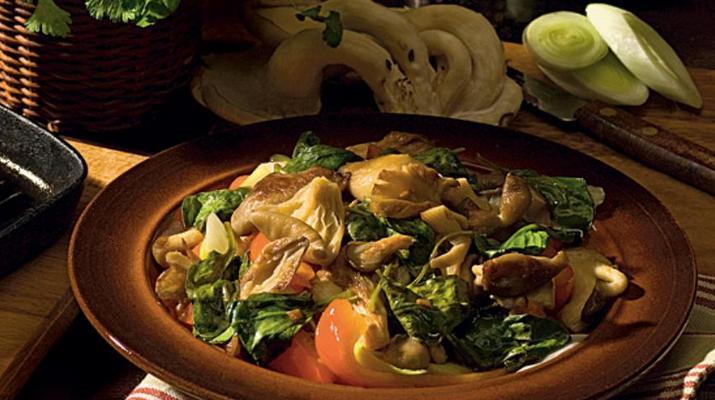 Теплый салат с грибыми