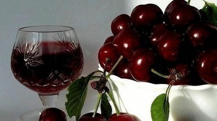 Как сделать вишневое вино в домашних условиях