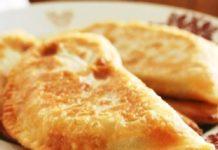 Пирожки-рулетики без жарки на подушке из овощей и слив