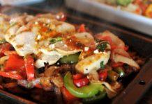Картофель в фольге с сыром и ветчиной – запеченное блюдо