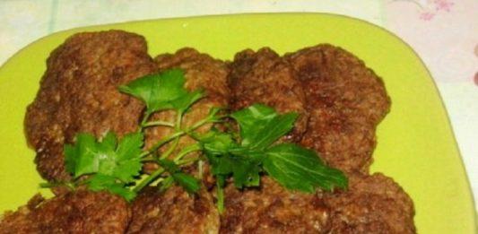 Рецепт очень вкусных и полезных котлет из куриного мяса с овощами и сыром