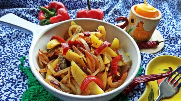 Постный картофельный салат «Деревенский»