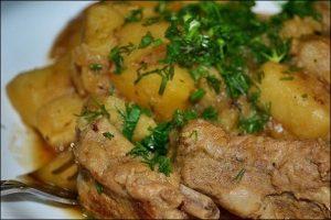 Ребрышки с картошкой в казане