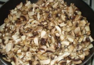 Пирог яичный с грибами