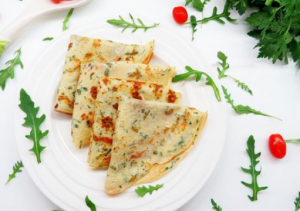 Творожные блинчики с зеленью и сыром