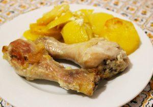 Картофель в майонезе с курицей